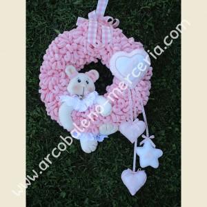 549 Ghirlanda nascita rosa con orsetta