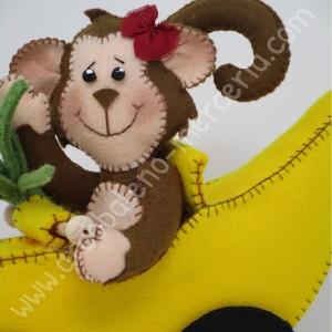 La scimmia cita e la sua banana mobile