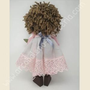 La bambola di pezza Tulip con la struttura